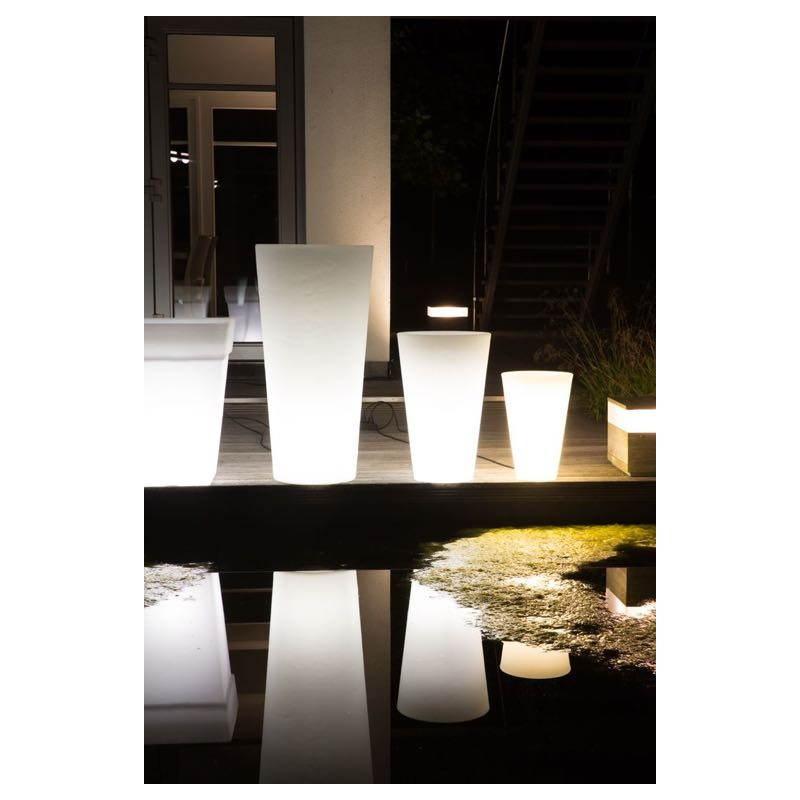 Interieur blanc et lumineux conceptions de maison for Bandeau lumineux led interieur