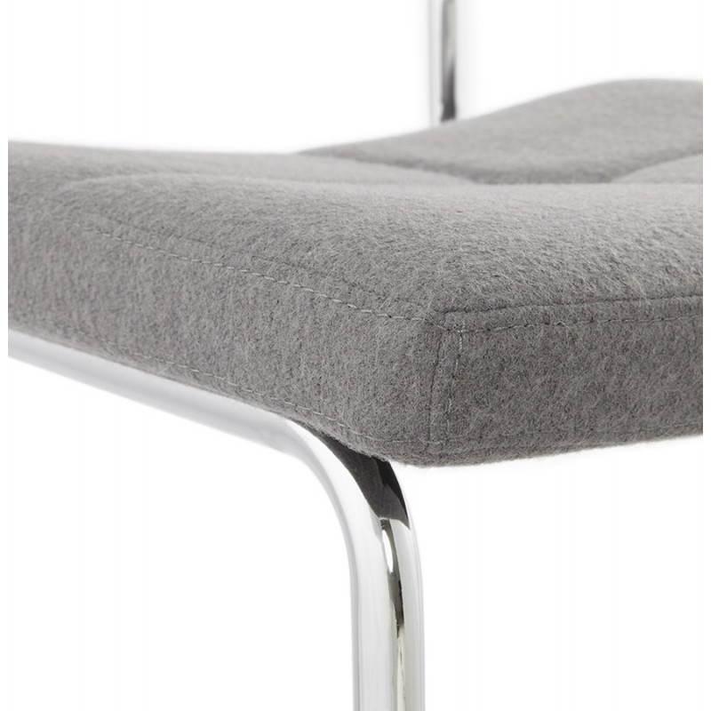 Chaise design capitonnée BONOU en tissu (gris clair) - image 25417