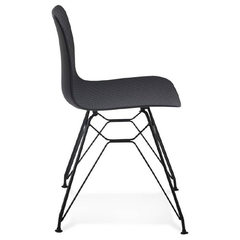 chaise design et industrielle venus en polypropyl ne pieds m tal noir noir. Black Bedroom Furniture Sets. Home Design Ideas