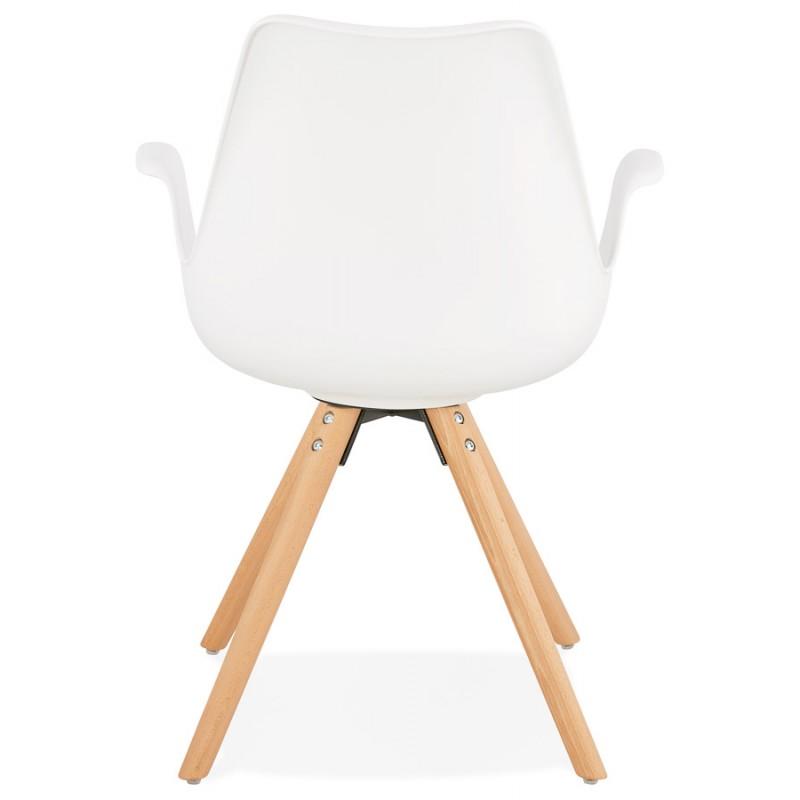 Skandinavischer Designstuhl mit ARUM Füßen naturfarbenen Holzarmlehnen (weiß) - image 43286