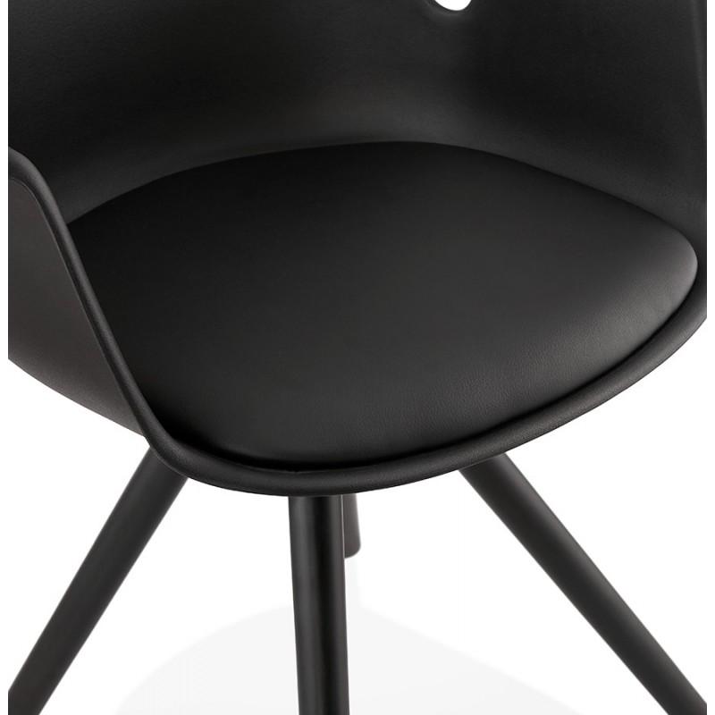 Chaise design scandinave avec accoudoirs ARUM pieds bois couleur noire (noir) - image 43529