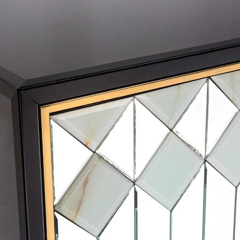Buffet 3 portes 150x45x80 Verre Noir MDF Noir Miroir Métal Doré - image 51851