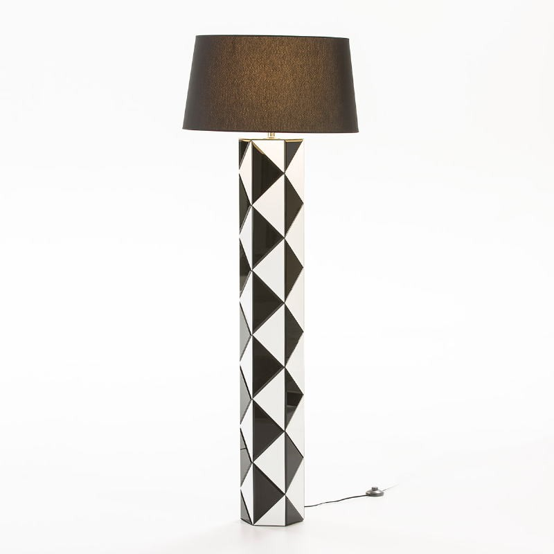 Lampada A Stelo Senza Paralume 23X20X140 Vetro Bianco Nero